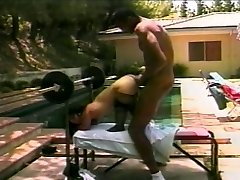 Super-fucking-hot midget bangs a large hard cock