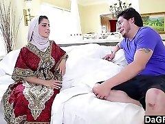 Arab Chick Nadia Ali enjoying a Milky Cock.