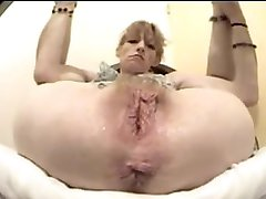 Just another nasty pussy and asshole i want to lick and fuck.