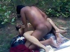 Beauty Boink in Jungle