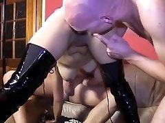 Asian superslut double penetration and face cum