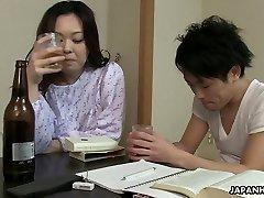 Sleepy but horny Japanese wife wanna get her bushy cootchie banged