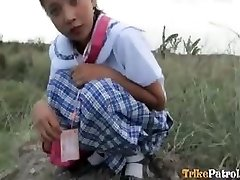 Filipina schoolgirl pummeled outdoors in open field by tourist
