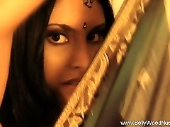 Radi Sexy Indickej MILF