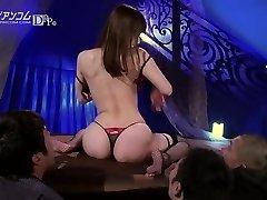 Yui Hatano Makes A Gentleman Cum