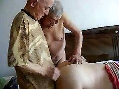 2 grandpas pound grandpa
