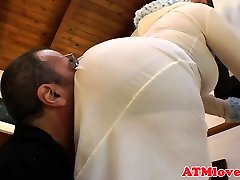 Curvy assworship babes sucking caboose to mouth