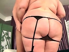 Big boobed mature Plumper Lady Lynn hardcore sex
