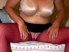 Horny Scottish BBW in her red pantihose