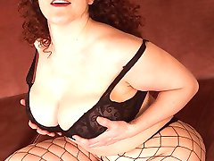 Chubby Babe In Fishnet Stockings