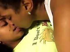 2 Super-cute Black Lesbos Make Out In Bed