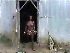 African aborigine pulverizing