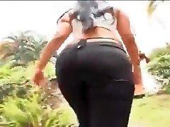 Fucking Hard African Dame 1