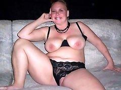 Kinky BBWs teasing on cam by posing sleazy