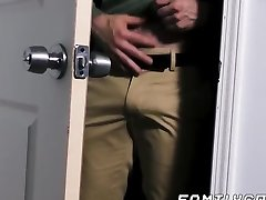 Cub daddy raw fucks his twink stepson and creaming his donk