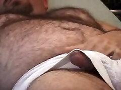 Hunk JO in bed