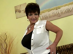 Posh mature mother with big mounds and hungry cunt