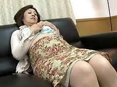 Short clip but luxurious nips