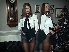 XMAS Joy - twin beauties de-robe & tease