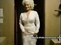 Hotmoza.com - Classic mommy and her stepson
