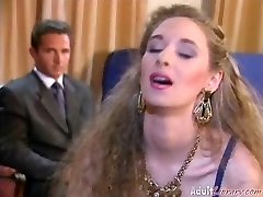 Alexandra Ross- Bourgeoise Hook-up
