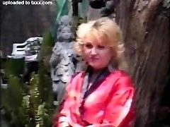 Retro Blond Grandma