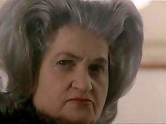 7.Debora Caprioglio paprika exposee devant invites