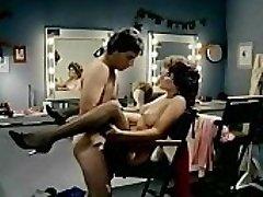 Rachel Ashley a John Leslie v Fleshdance (1983)