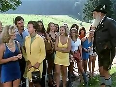 1974 German Porn classic with incredible bombshell - Russian audio