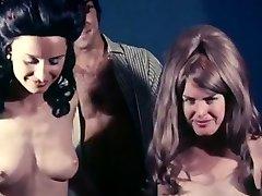 Fellating start vintage loop 1970 erotic hairy dolls