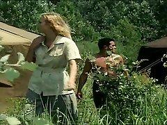 Tarzan Spĺňa Jane
