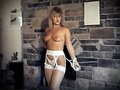 DA YA THINK I'M SEXY? - vintage striptease dance spectacle
