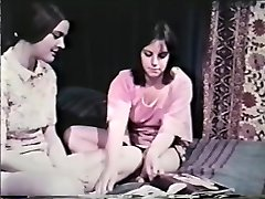All Girl Peepshow Loops 641 60's and 70's - Gig 8
