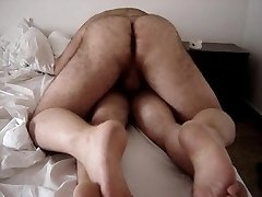 Hairy culo bear fucking friend