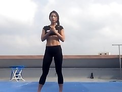 Korean chick Bodyfitness Minsoo exercise 02