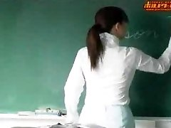 Super-steamy japanese teacher