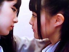 SKE48 - LEZZIE 01 SMOOCH