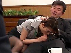 Nao Yoshizaki in Hookup Gimp Office Lady part 1.2