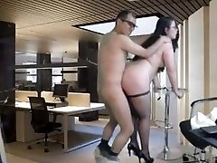 Nerdy Chubby Babe Rear End Fucked