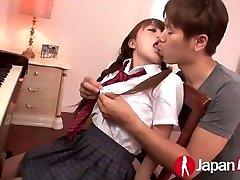 JAPAN HD Asian Teen likes warm Creampie