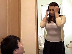 Toying With My Widow Step-mom... Yumi Kazama