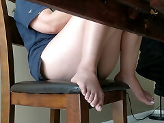 Aunt Thighs and Feet