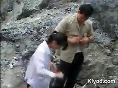 Chinoise le sexe en plein air
