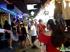Naughty dude shows how to pick up a real Thai dame Mee in some pubs