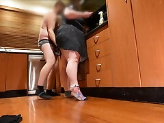 BBW MILF STEP Mother GETS HIGH & FINGER FUCKED BY STEP Son-in-law & GUSHES SQUIRTS