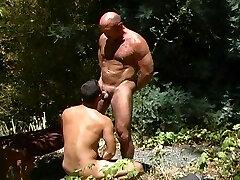 Horny gay bears have the greatest fuckfest