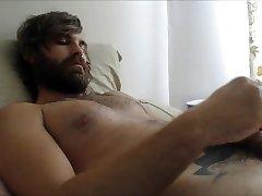 Cumshot to the Beard !