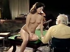 Bearded elderly man gets his spunk-pump polished by pretty young brunette