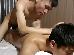 Naked Assets Oil Massage