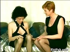 Nasty old sluts fingerblasting and fisting part6